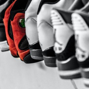 zapatos armario unsplash