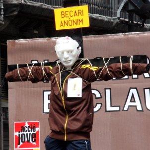 Becària anònim protesta UGT   ACN