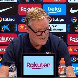 Ronald Koeman gafas Barca rueda prensa FC Barcelona