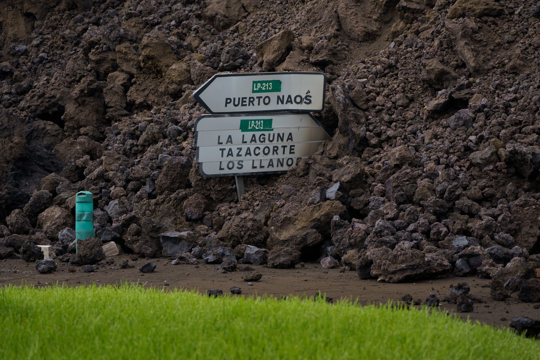 Señal sepultada miedo la lava del volcan de La Palma / Efe