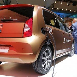 Automobile cotxe electric Seat - Sergi Alcàzar