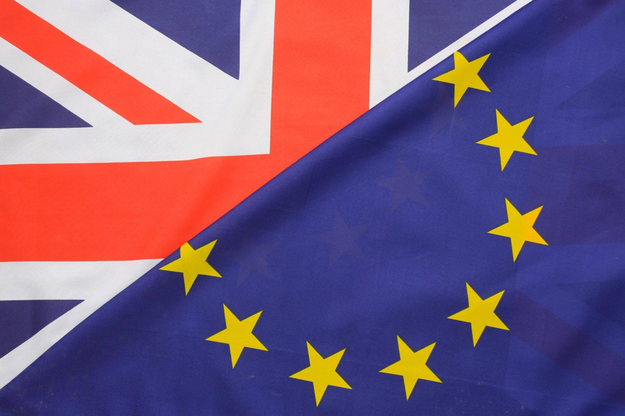 Regne Unit UE banderes