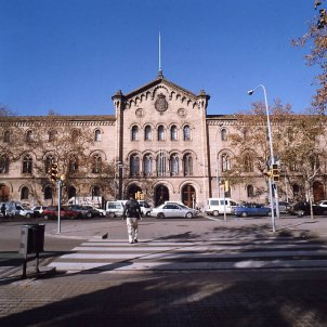 Façana de l'edifici històric de la Universitat de Barcelona