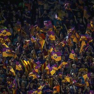 Afició Barça banderes Vicente Calderón final Copa   EFE