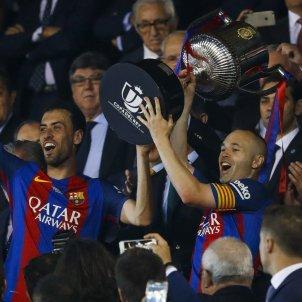Iniesta Sergio Busquets titol final Copa Rei   EFE