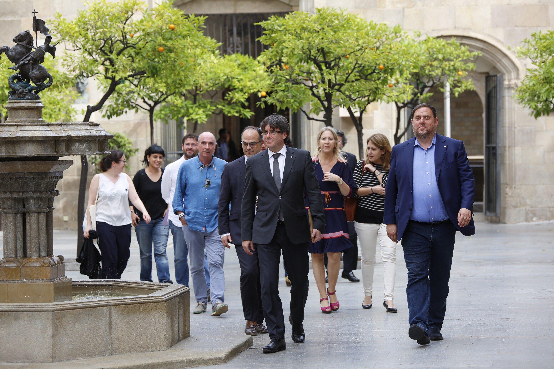 (CUP - Gabruiel - puigdemont - fachin) Cimera Referendum Generalitat - Sergi Alcazar