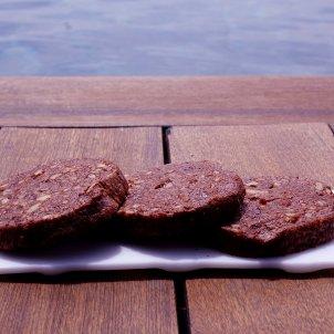 'Cookies' de xocolata amb nous-roberto lazaro-01