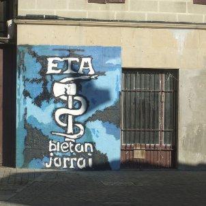 Anagrama d'ETA. etarres. Theklan. Wikimedia