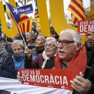 Independencia pensions - Sergi Alcàzar