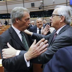 Presidente Comisión Europea, Jean Claude Juncker y líder Partido de la Independencia Reino Unido (UKIP), Nigel Farage Pleno 28062016