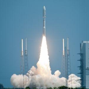 L'Atlas 5 despega amb la sonda Juno. (c) Nasa / Bill Ingalls