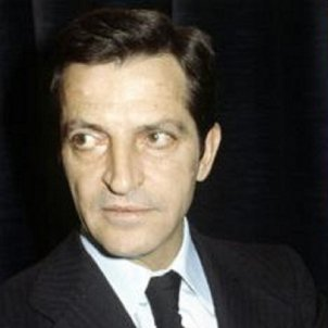 Primer govern democratic després de la dictadura. Suarez, Pujol i Garaikoetxea. Font Viquipèdia (1)