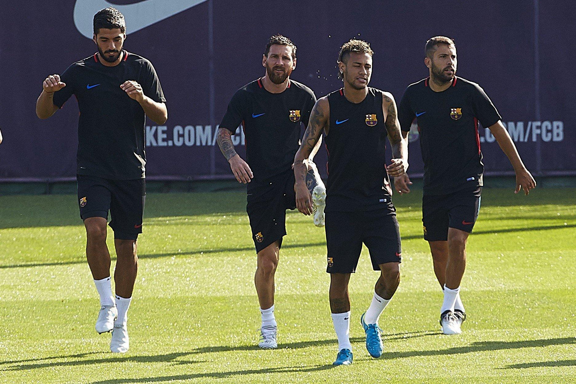 Jordi Alba Leo Messi Neymar Luis Suárez entrenament Barça   EFE