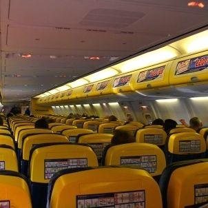 Ryanair B737 800 Cabin