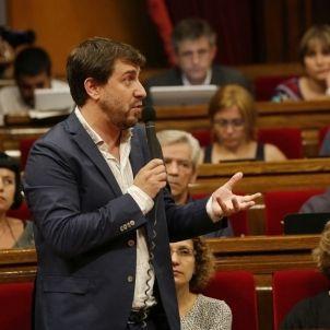 Comin - Parlament - Sergi Alcazar