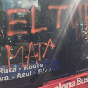 bus turístic vandalisme arran