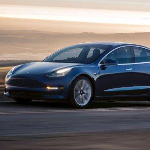 Tesla EP