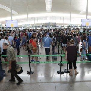 Vaga Eulen Aeroport Prat T1 - Sergi Alcàzar