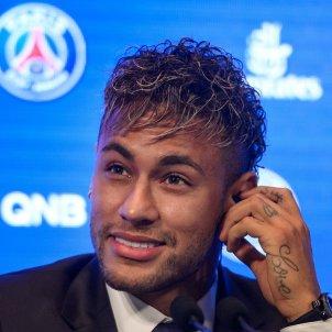 Neymar presentació PSG EFE