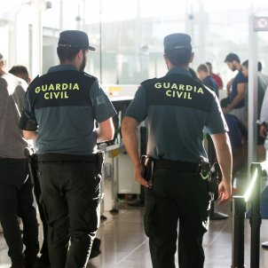 guardia civil aeroport efe
