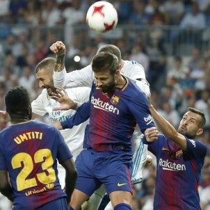 Gerard Piqué Reial Madrid FCB Barça Bernabeu   EFE