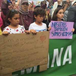 manifestacio musulmans atac nicolas tomas