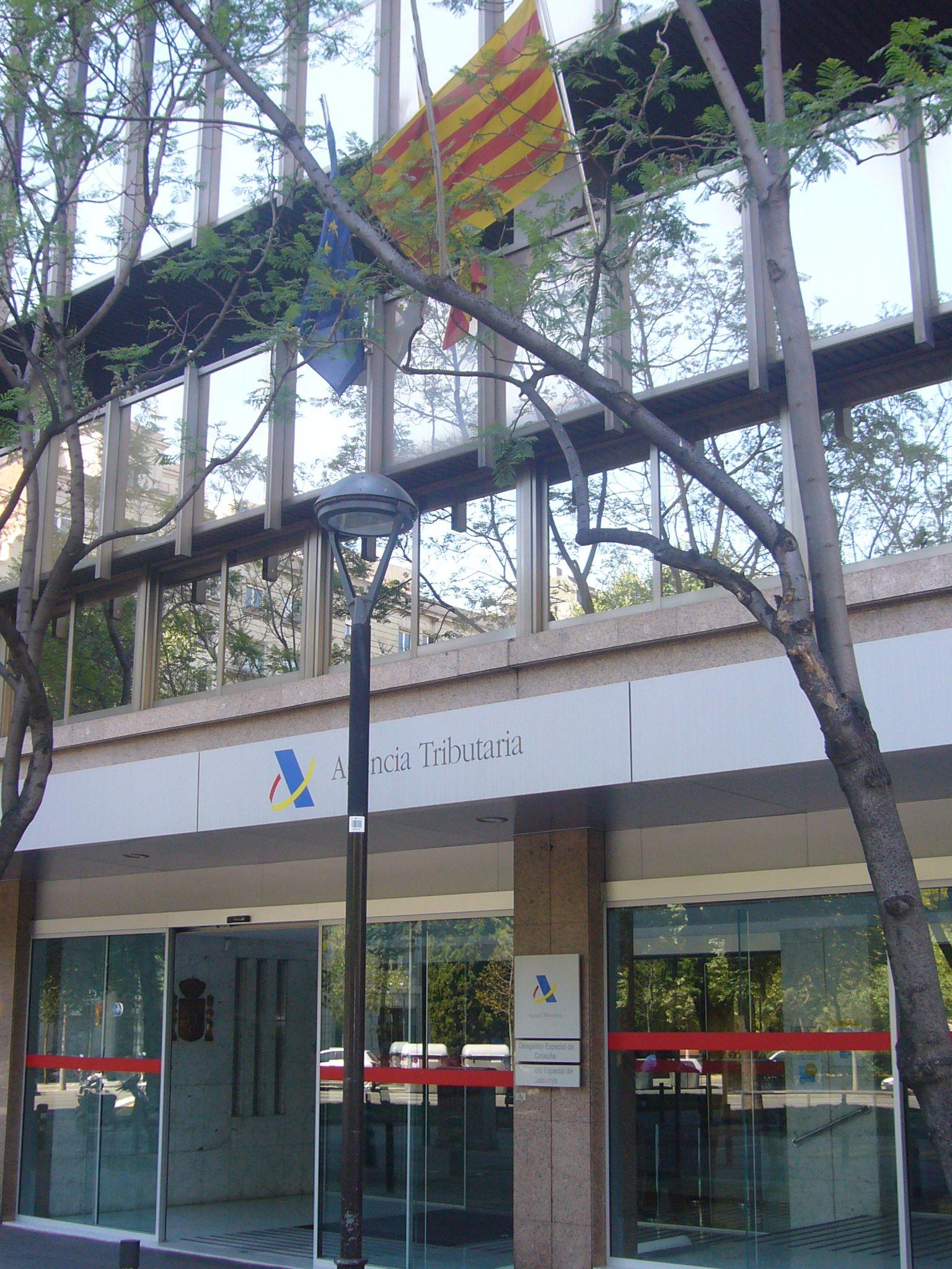 L 39 ag ncia tribut ria de catalunya obre una altra oficina for Oficinas de agencia tributaria en barcelona