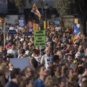 manifestacio no tenim por laura gomez 48