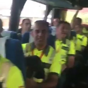 guàrdia civils cantant