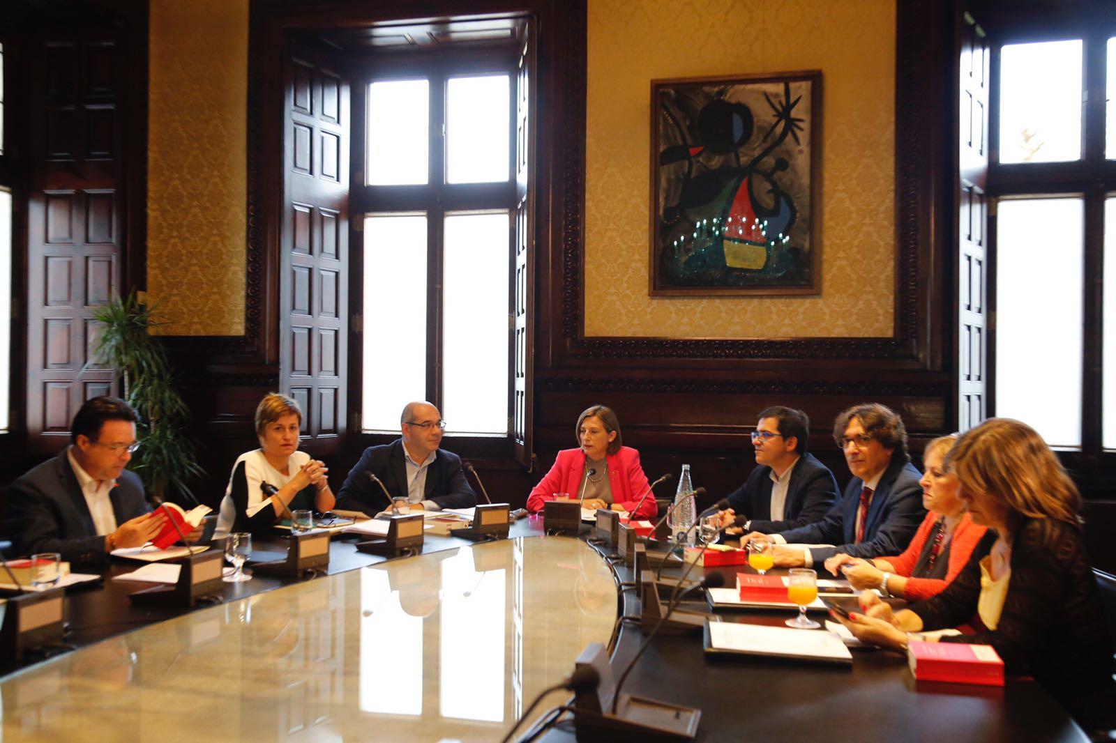 Reunió mesa Parlament llei Referèndum / Sergi Alcàzar