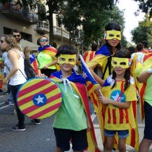 Superherois per un superfutur! Families Quesada i Agüera