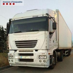 Camió de camioner begut i detingut