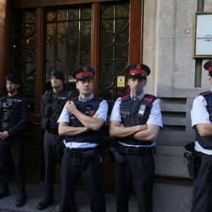 mossos guardies civils efe