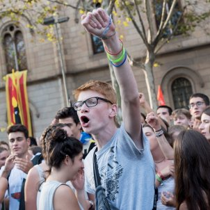 manifestacio estudiants UB plaça universitat foto laura gomez13