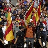 Concentració ultra davant Podemos / EFE