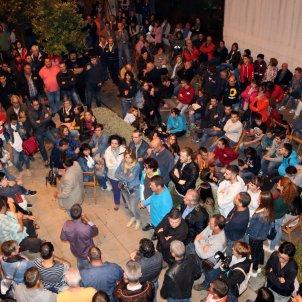 Gent concentrada centres electorals referèndum - ACN