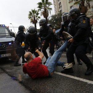 violencia referendum 1-O barcelona - Sergi Alcázar