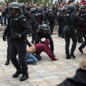 Guardia Civil manifestacio sant julia ramis / ACN
