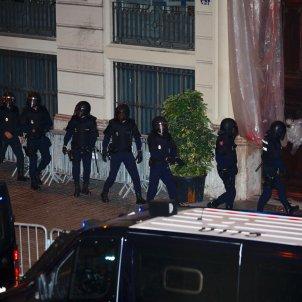 policia nacional via laietana sortida - sergi alcazar