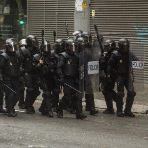 1-O referendum policia Nacional Ull pilota de goma - Sergi Alcazar