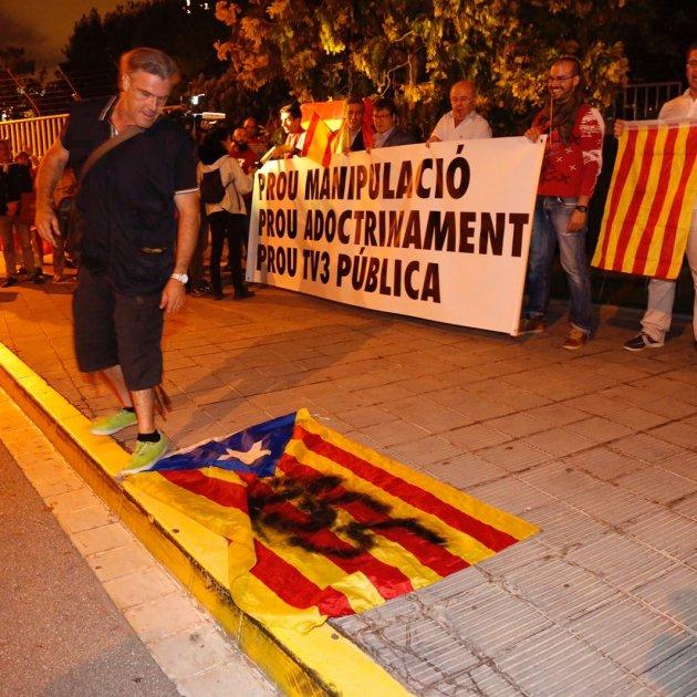 manifestacio unionista tv3 - sergi alcazar