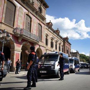 mossos parlament façana - ACN