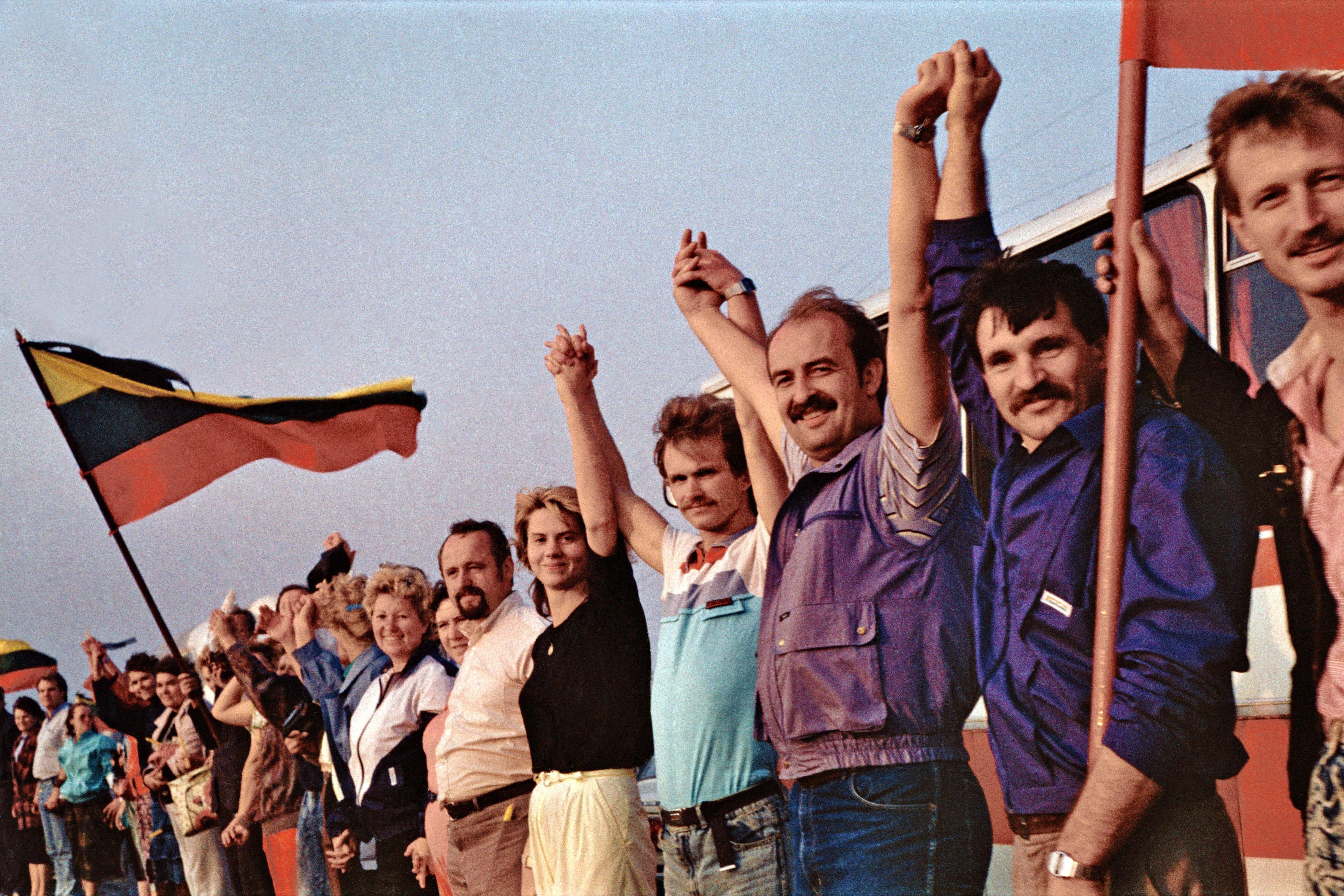 Via Bàltica (Lituània, 1991) (foto de Kusurija)
