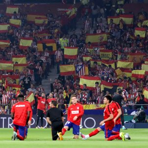 Bandera espanyola Atletic Madrid Barça   EFE