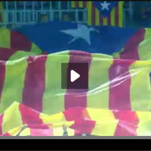 Una estelada al vídeo promocional de la UEFA del Barça Roma