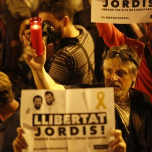 Manifestacio Jordi Sànchez Jordi Cuixart Diagonal Sergi Alcàzar
