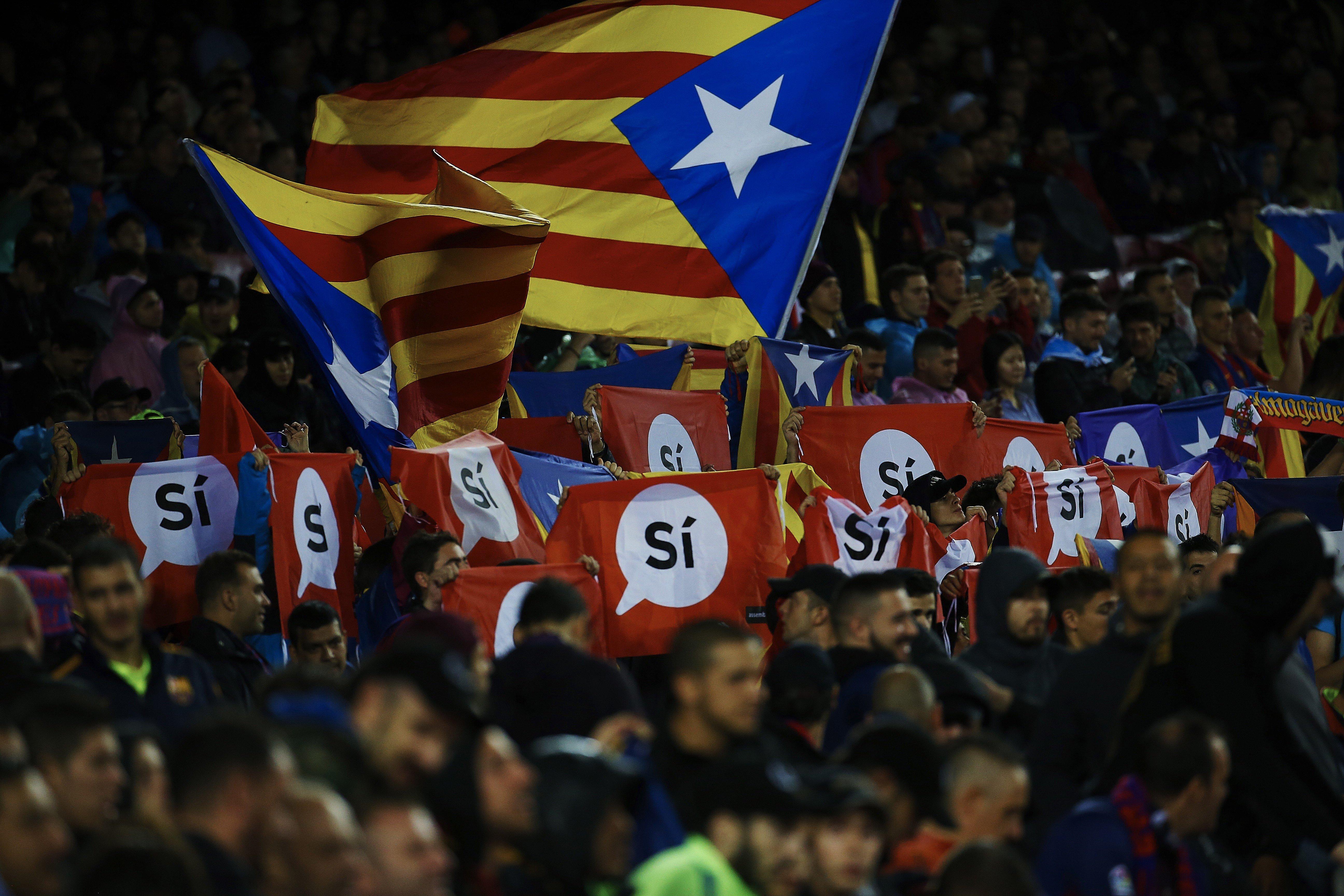 Estelada Camp Nou Barça Olympiakos Champions   EFE