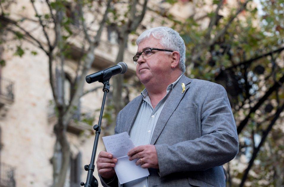 manifestacio alliberament Jordis  i contra el  155 agustí alcoberro anc foto laura gomez14