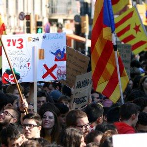 manifestacio estudiants acn