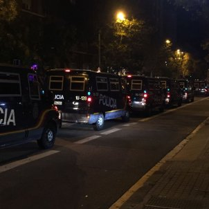 Furgons Policia Espanyola - Adrià Rovira